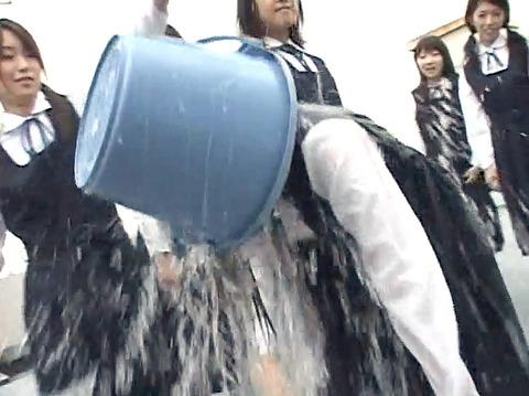 長谷川さやか 残酷な女同士の集団いじめ 集団レズリンチ 画像 16