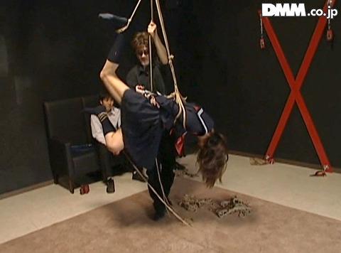 月神サラ SM調教 体に食い込む 残酷 一本鞭調教 一本鞭鞭打ち 08