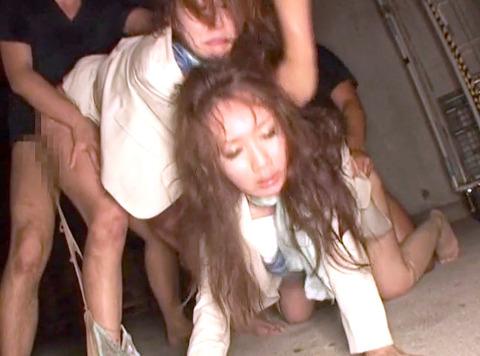 武田沙樹 暴行 リンチ 集団強姦レイプされる女 AVエロビデオ 画像 27
