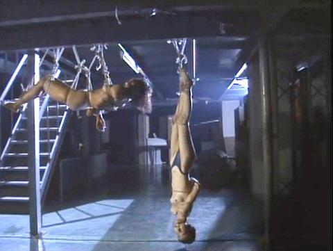 昭和のSM 夏目雅美 スレンダー美女 逆さ吊り 鞭打ち SM画像 17