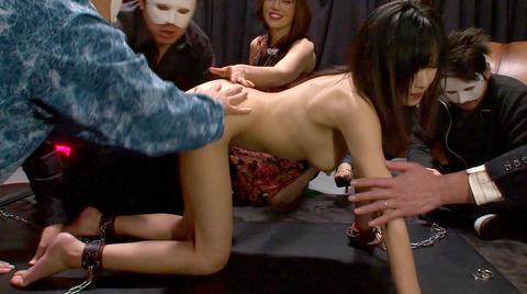 桜井あみ 秘密クラブの性奴隷として公開で犯され続ける女 35