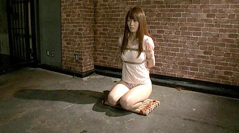 樹花凛 ビンタされる女 首吊り すのこ正座 拷問SMエロ画像 112