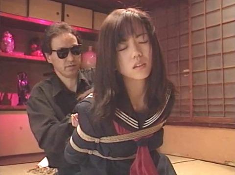 工藤綾美 SM調教フルコース 足舐め 水責め 緊縛 服従AVエロビデオ 01