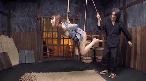 美咲結衣 SM拷問調教 苦痛の石抱正座 ビンタSM調教画像153