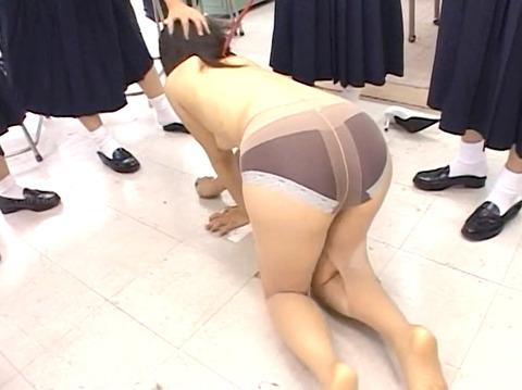 残酷でエグイ 女同士の 集団同性いじめリンチレイプ エロ画像 za9_06