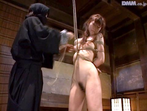 原千尋(愛咲れいら)SM拷問 逆さ吊り 調教 AV 画像 331