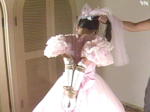 浅野由美 SM調教 拷問緊縛 縄で締め上げられる女の AVエロ画像 01