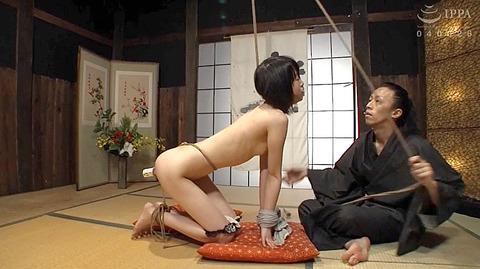 裕木まゆ 吉良いろは SM緊縛調教される女の画像15