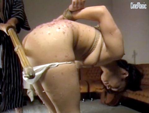 加賀恵子 虐待SM 竹刀で打たれ 拷問される女の画像 42