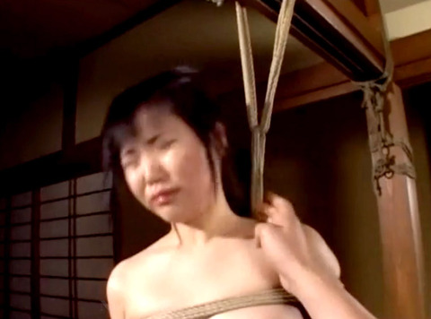 宮咲志帆 ビンタ 強烈ビンタ 緊縛ビンタされる女のAV画像 11