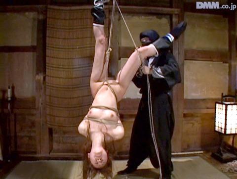 原千尋(愛咲れいら)SM拷問 逆さ吊り 調教 AV 画像 335