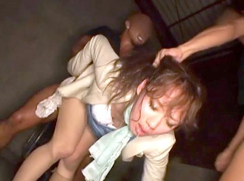 武田沙樹 暴行 リンチ 集団強姦レイプされる女 AVエロビデオ 画像 32