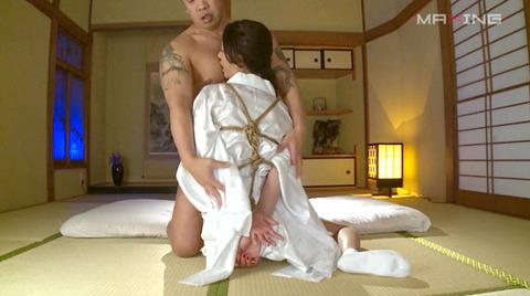 麻生希 緊縛フェラチオ イラマチオさせられる女のAVエロ画像 06