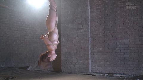 結城みさ 拷問ハードSM 残酷鞭打ち 拷問緊縛 逆さ吊り AVエロ画像 56