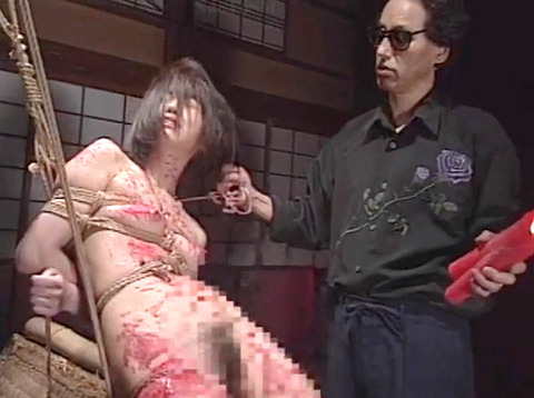 工藤綾美 SM調教フルコース 足舐め 水責め 緊縛 服従AVエロビデオ 36