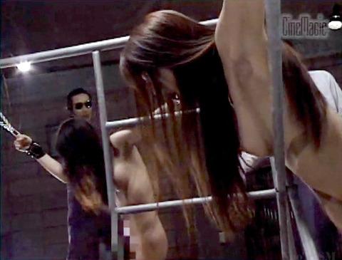 栗田もも 徹底鞭打ち 残酷拷問 エロ画像 16