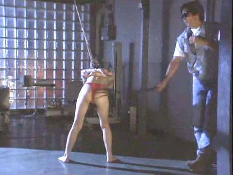 昭和のSM 夏目雅美 スレンダー美女 逆さ吊り 鞭打ち SM画像 14