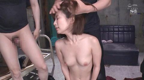 小島みなみ_監禁されて犯される女のAVエロ画像kojimaminami12