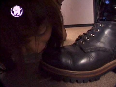 奴隷調教 忠誠の靴舐め M女 ちひろ AV画像 WF愛と意識と忠誠とSM