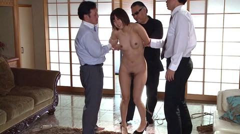 湊莉久 SM 緊縛調教 縛られて嬲られて CMNF で弄ばれる女の画像 54