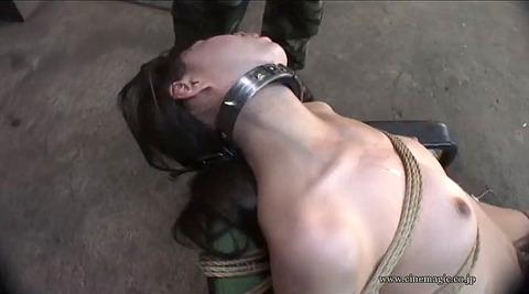 晶エリー 飯倉えりか 強制レズ 同時SM調教される女のエロ画像 69