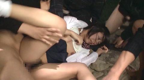 阿部乃みく 集団強姦 乱雑踏まれビンタレイプされる女エロAV画像161