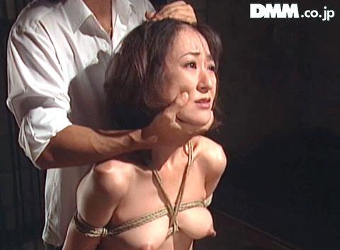 江本友紀 凌辱、水責め逆さ吊り鞭SM公開調教 43