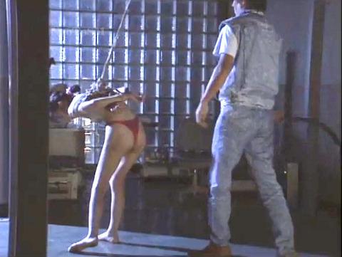 昭和のSM 夏目雅美 スレンダー美女 逆さ吊り 鞭打ち SM画像 15