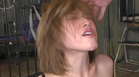 椎名そら 集団凌辱 集団強姦 乱暴に犯される女のAVエロ画像 168