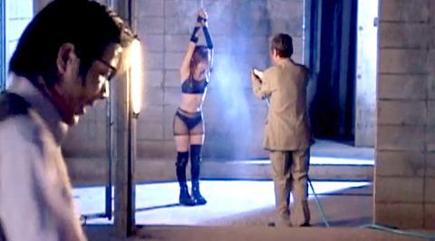 如月凛 鞭打ち 水責め 逆さ吊り SM調教される女の画像 22