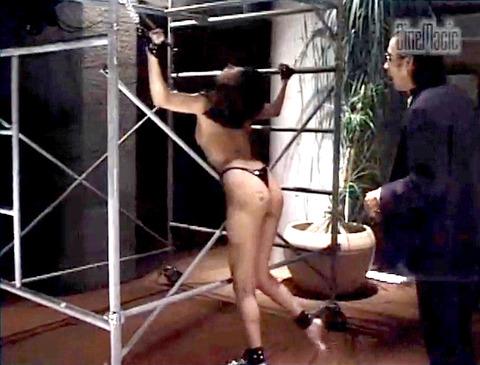 藤岡未玖 壮絶 鞭打ち乱打 拷問調教 SMエロ画像 65