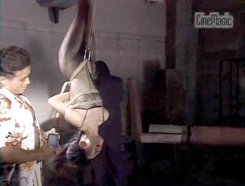 野口由香 鞭打ち 水責め 逆さ吊り SM調教画像 2000年代SMビデオ 01