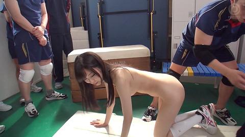 加藤ほのか 服従の全裸奴隷フェラ AV輪姦強姦画像 12