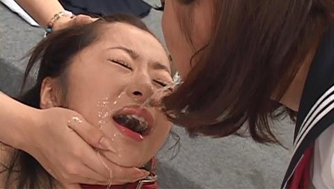 集団虐めをされる女 SMビデオ画像 初美沙希39