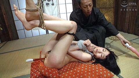 裕木まゆ 吉良いろは SM緊縛調教される女の画像12