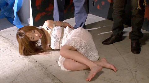 杏樹紗奈 鞭責めSM調教 輪姦される女 AVエロ画像 anjusana06