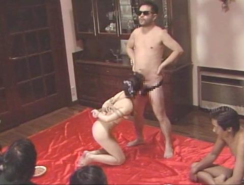 近藤麻美 超絶ハードで残酷なSM調教を受ける女の AV画像 15