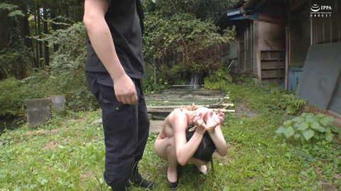 美らかのん 野外露出 野外SM調教 冷水水責めされる女 AVエロ画像 39