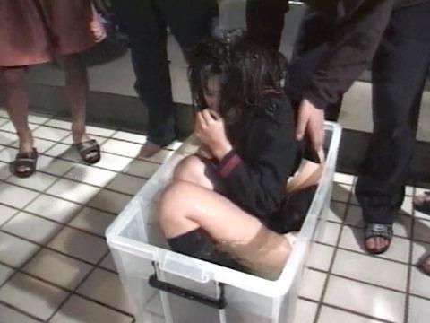 鹿島さき 拷問リンチ 水責め窒息 残酷プレイの数々 04