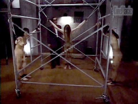 栗田もも 徹底鞭打ち 残酷拷問 エロ画像 14