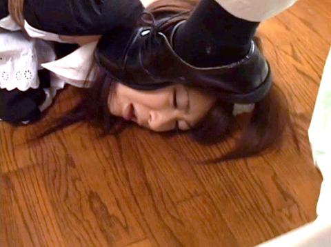 雪見ほのか 靴舐め女 逆さ吊り 鞭打ちされる女 のAV エロ 画像 42