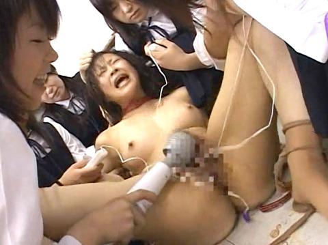 残酷でエグイ 女同士の 集団同性いじめリンチレイプ エロ画像 za9_23