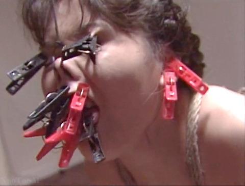 近藤麻美 超絶ハードで残酷なSM調教を受ける女の AV画像 04