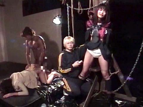 拷問リンチされる女 殴られ蹴られ 暴虐される女 花澤真利江 11