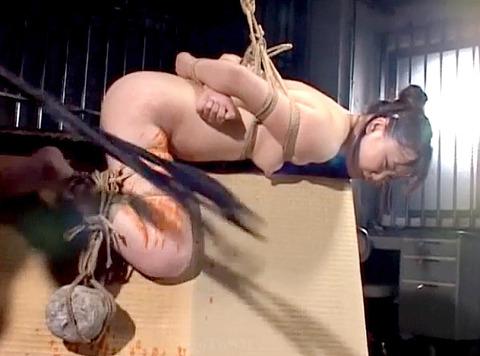 宮咲志帆 ビンタ 強烈ビンタ 緊縛ビンタされる女のAV画像 23