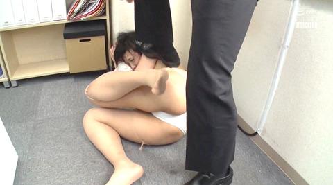 神納花_踏みつけビンタ凌辱フルコースで犯される女のエロ画像_176