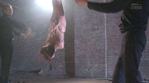 結城みさ 拷問ハードSM 残酷鞭打ち 拷問緊縛 逆さ吊り AVエロ画像 48