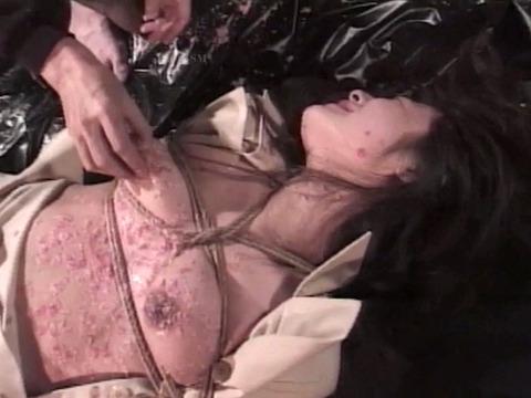 拷問リンチされる女 殴られ蹴られ 暴虐される女 花澤真利江 19