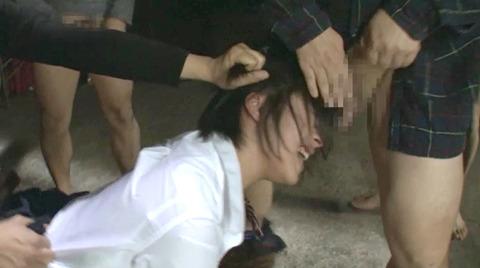 阿部乃みく 集団強姦 乱雑踏まれビンタレイプされる女エロAV画像138