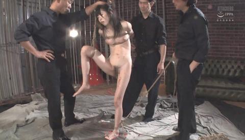 有坂深雪 SM拷問調教 胸鞭 逆さ吊り 暴虐を受ける女の画像 269